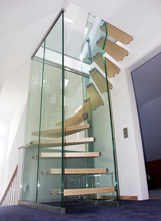 Edelstahl-Glastreppen | Akzente Treppen