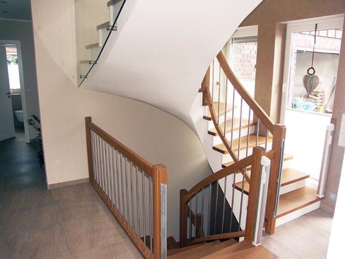 Kombination-Beton - Holz | Akzente Treppen